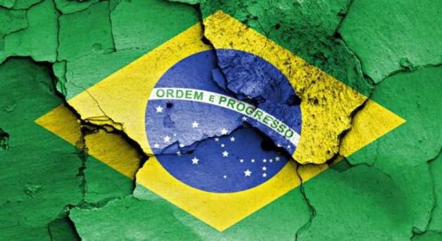Resultado de imagem para Brasil chorando